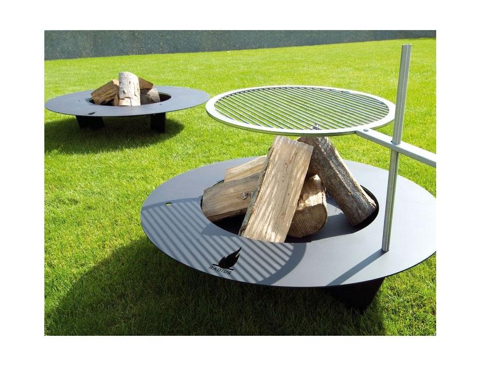 Radius Design Fireplate musta