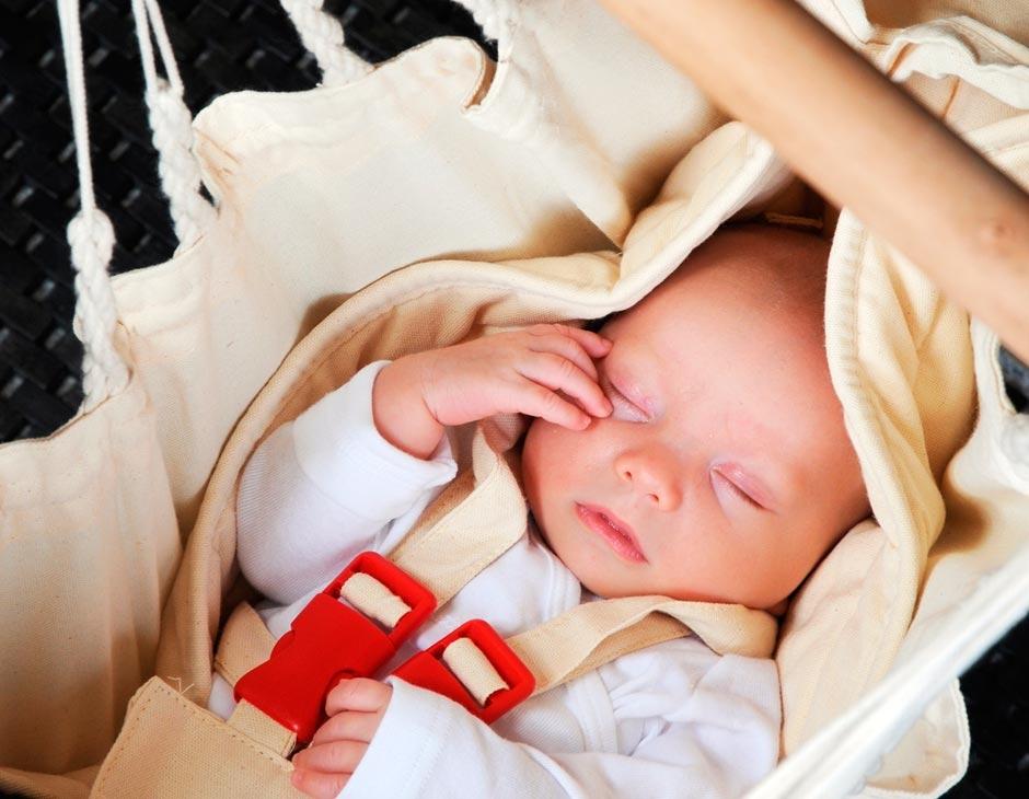 La Siesta Yayita vauvan riippumatto telineellä