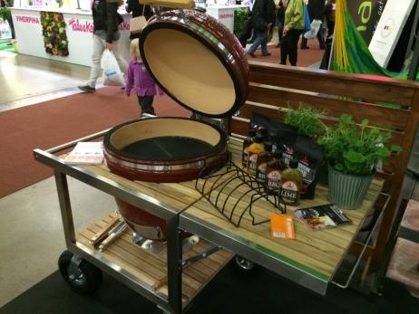 Keraaminen grilli Monolith Classic Buggy vaunulla